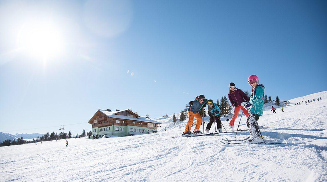 Flachau Winterurlaub in Ski amade auf perfekt gepfelgten Pisten