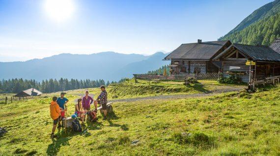 Wandern im Wandergebiet Lackenalmen ist ein Muss in jedem Flachau Sommerurlaub